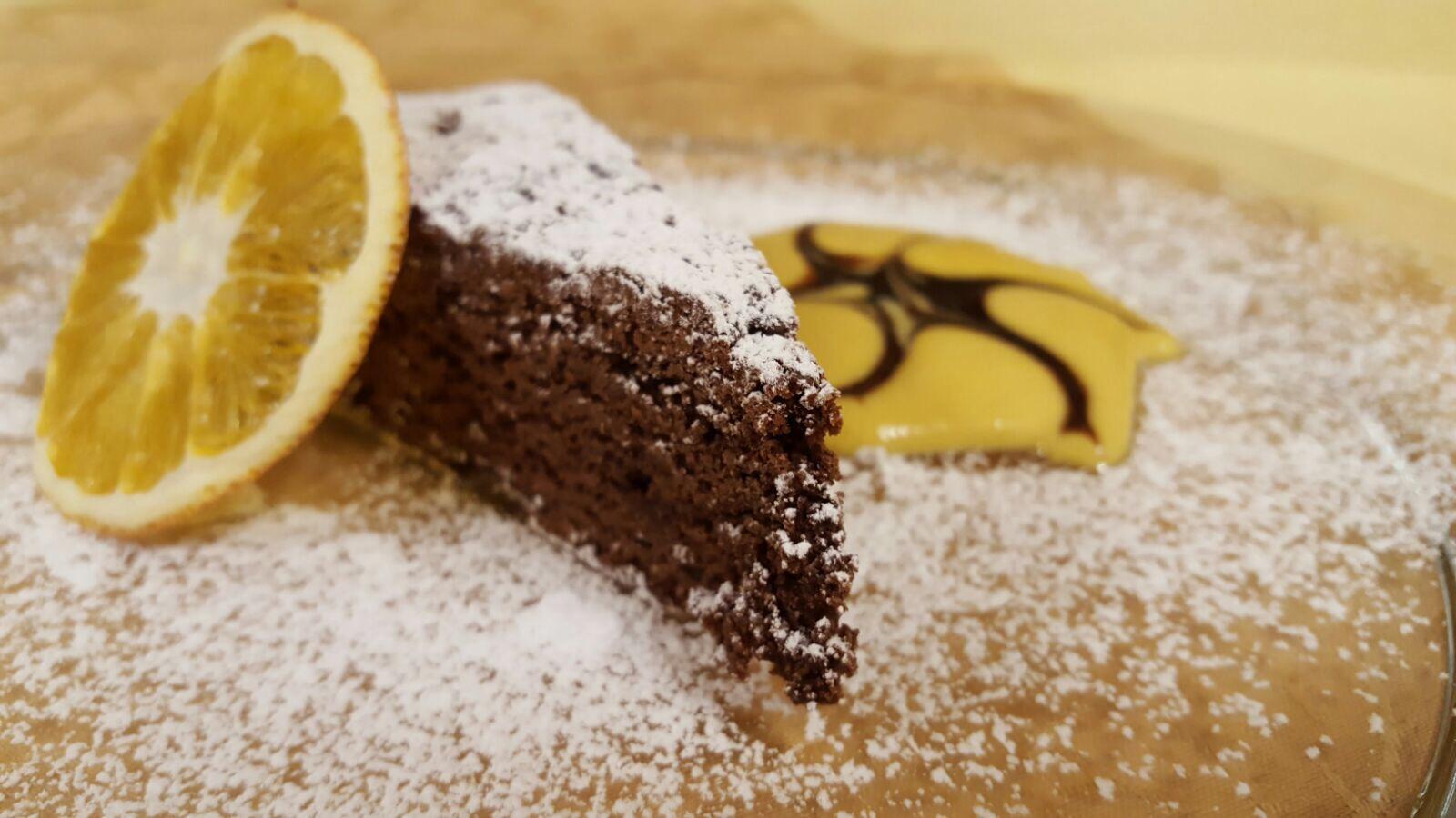 Albergo Miravalle - Torta Vegana Cioccolato e Arance